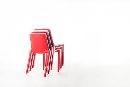 PLAZA 覓_全塑膠堆疊椅/紅色/紅色