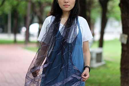烏干紗絲巾(墨水樹)