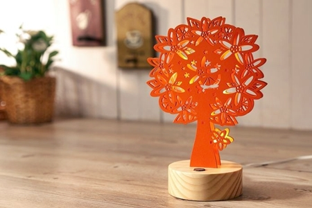 Deer Light 橙花樹